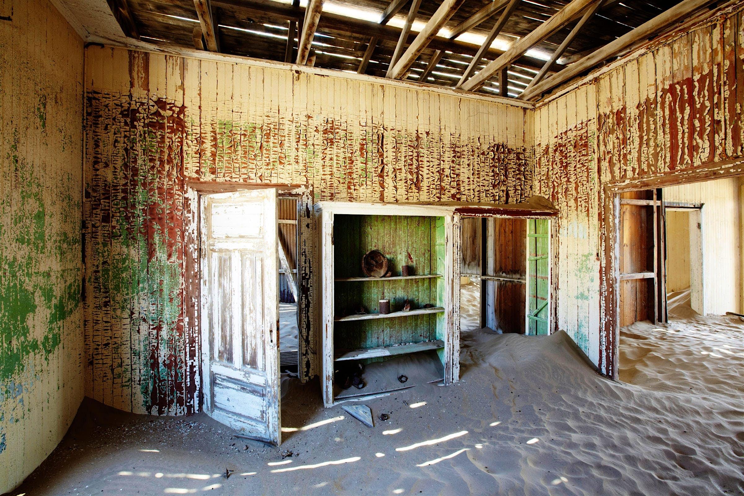 Travel News - Kolmanskop namibia ghost town