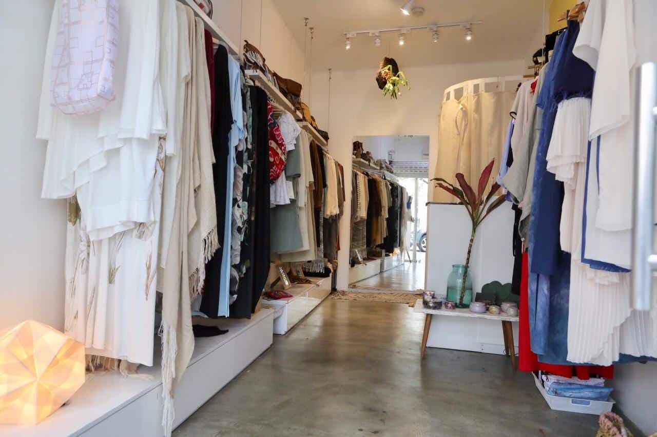 Peruvian designer creates a clothing collection dedicated to extinct species