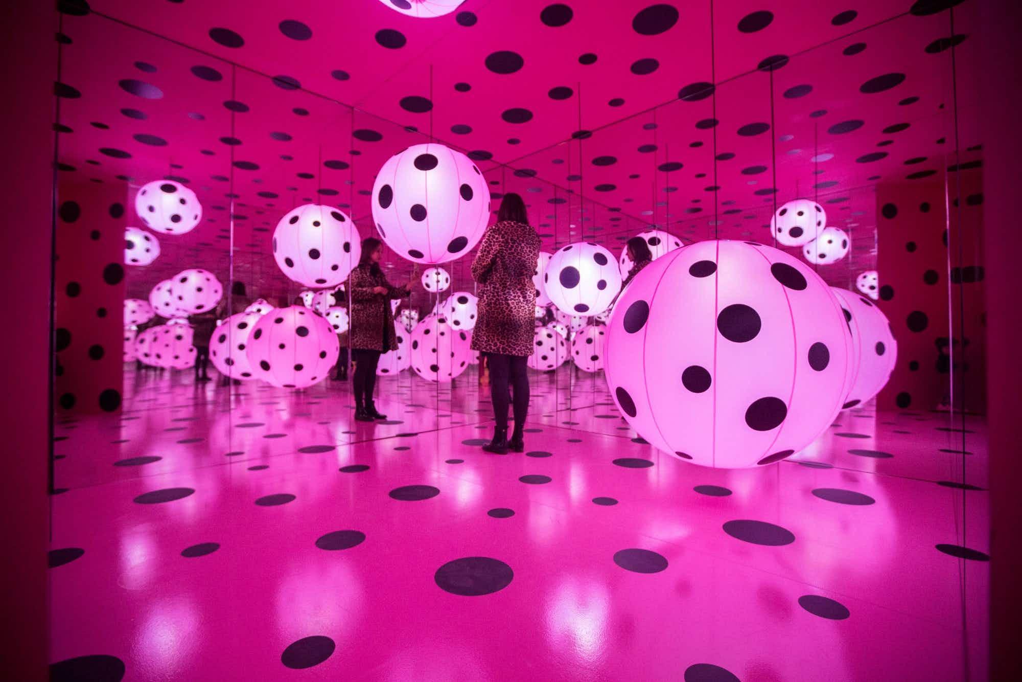 Infinity Mirrors exhibit is returning to Toronto permanently