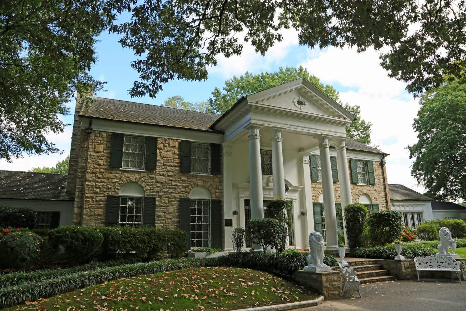 Music rings out again at Elvis Presley's Graceland with a packed series of concerts