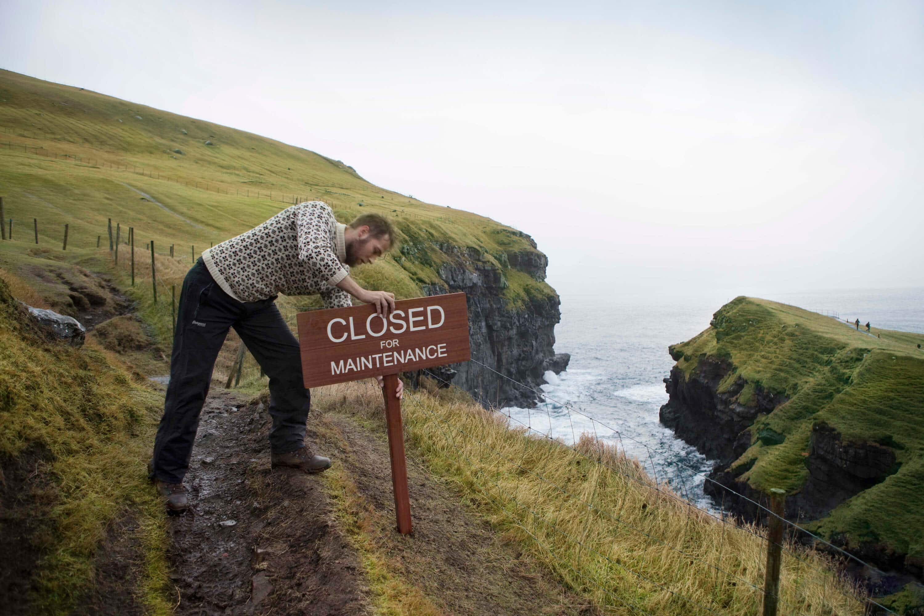 The Faroe Islands will temporarily close to tourists