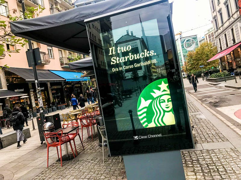 Travel News - The First Original Starbucks Coffee Open In Milan