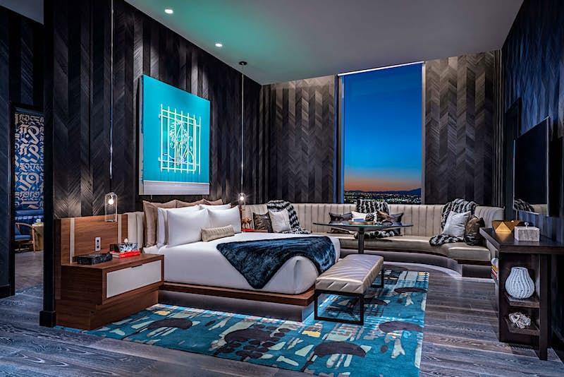 Travel News - Hardwood Suite