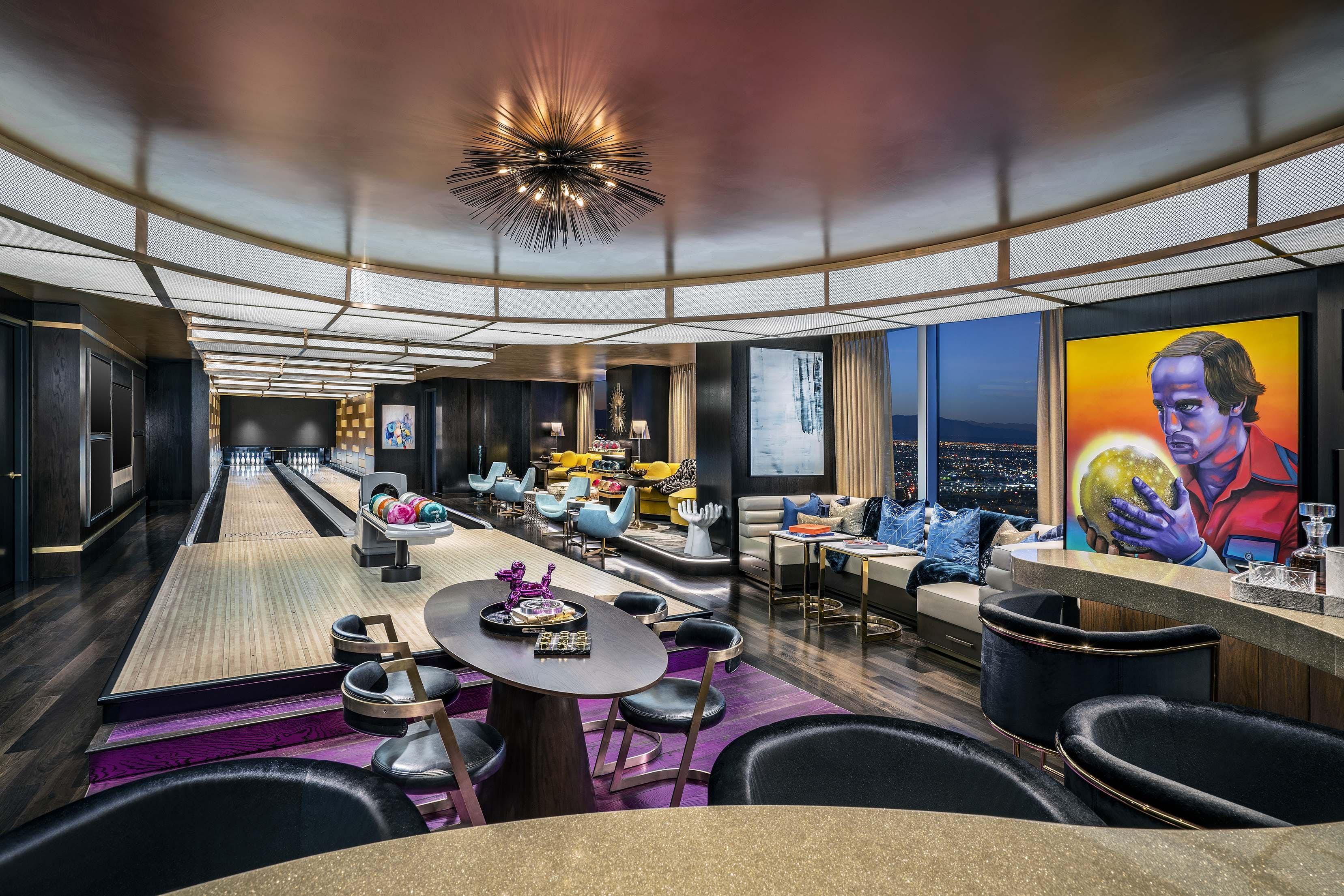 These Vegas Hotel Suites Come With Basketball Courts And Bowling Alleys Lonely Planet