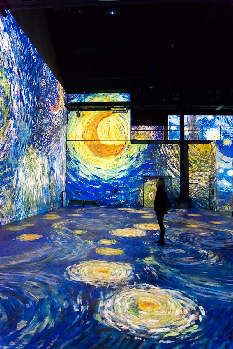 Visit this immersive Van Gogh experience in Paris - Lonely
