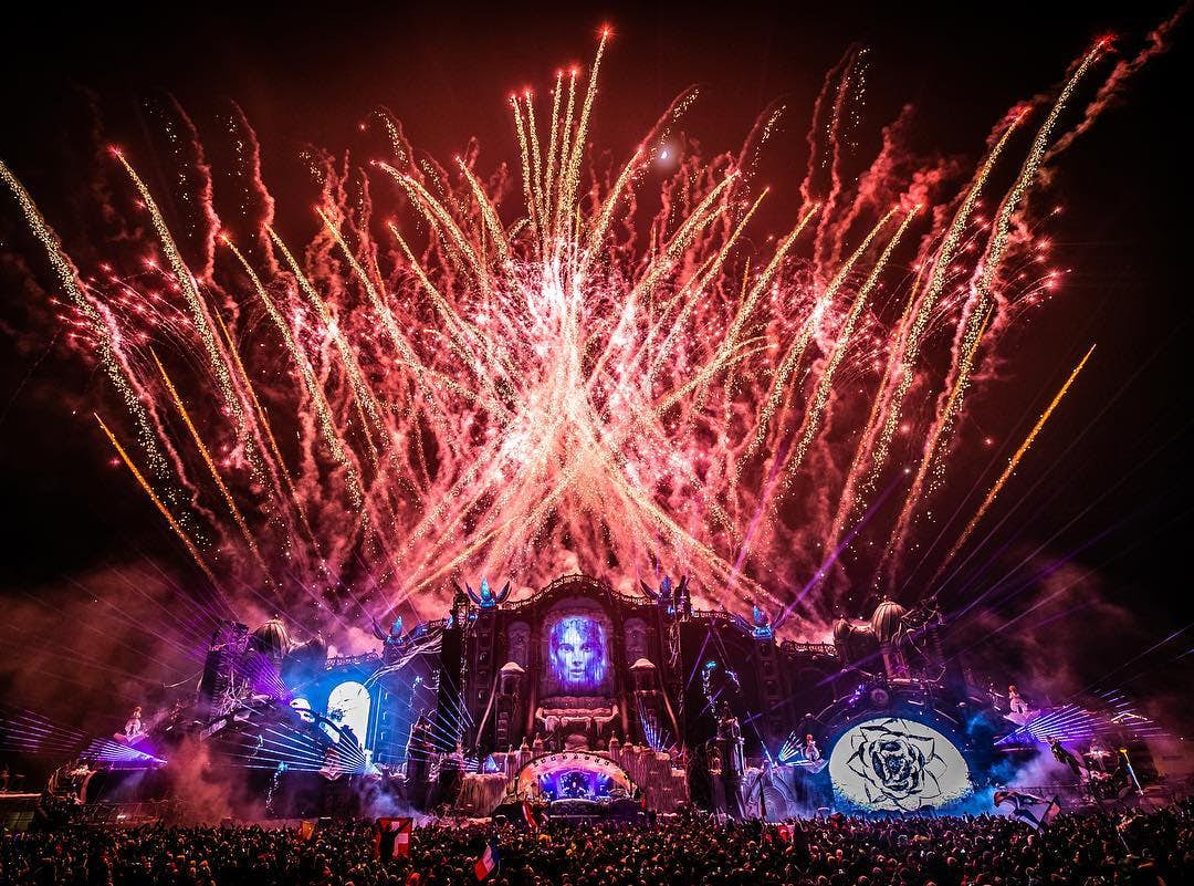 2. Tomorrowland, Belgium – 3,844,374 hashtags. Running since 2005, and has now become so popular that tickets sell out immediately. The fest features electronic dance music, with this year's line-up including Eric Prydz, The Chainsmokers and Martin Garrix. This year's dates are 19-28th July. Credit @tomorrowland Instagram