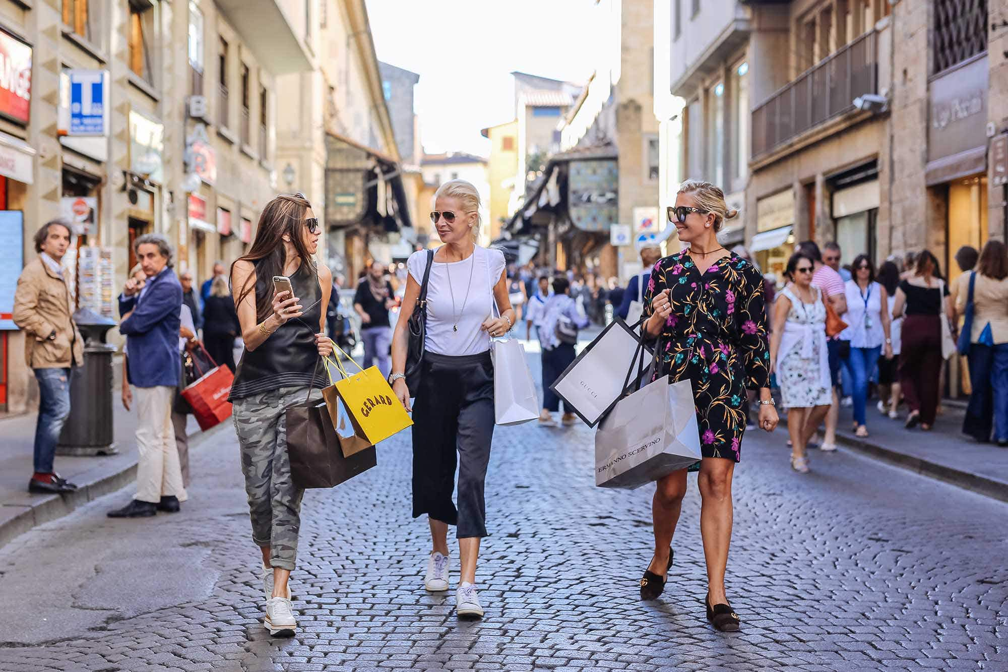 Fancy an insider shopping trip to all the major designer outlets in Florence?