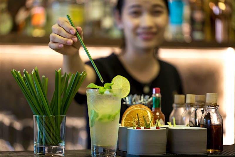 Travel News - Green grass straws - Image provided by Zero Waste Saigon