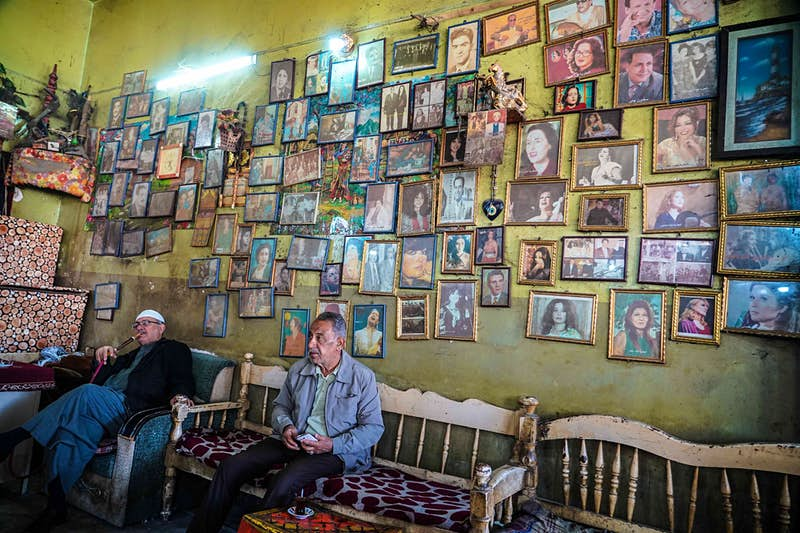 A local tea house in Baghdad.