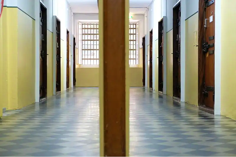 Travel News - Prison hostel