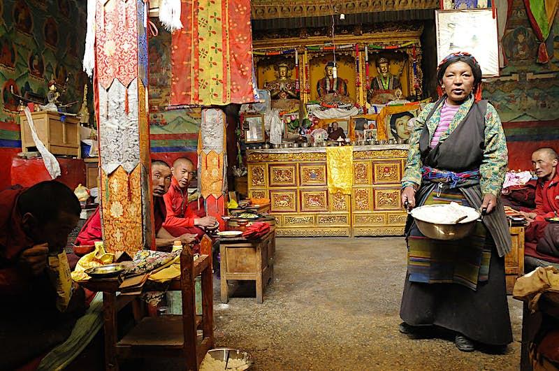 Travel News - Rongbuk Monastery prayer hall