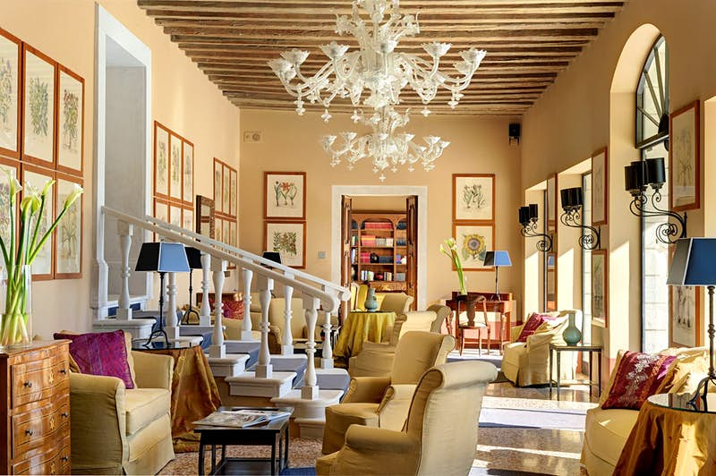 An interior room at Villa Michelangelo.