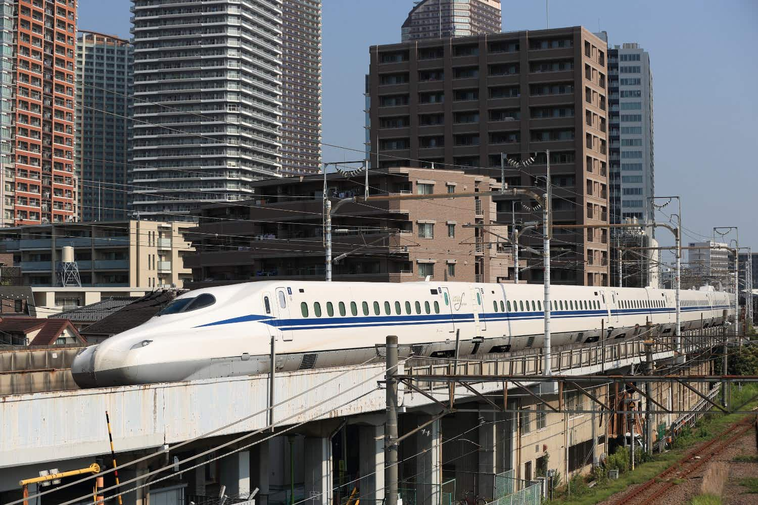 One of Japan's new bullet trains is so fast, it broke a speed record