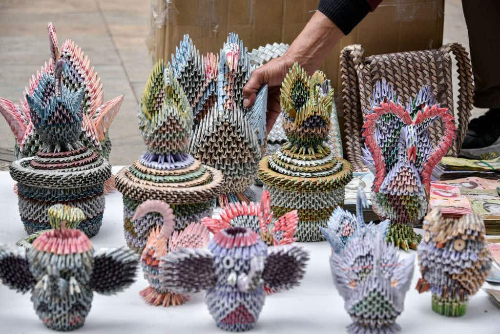 Artists are making beautiful crafts from Venezuela's devalued currency