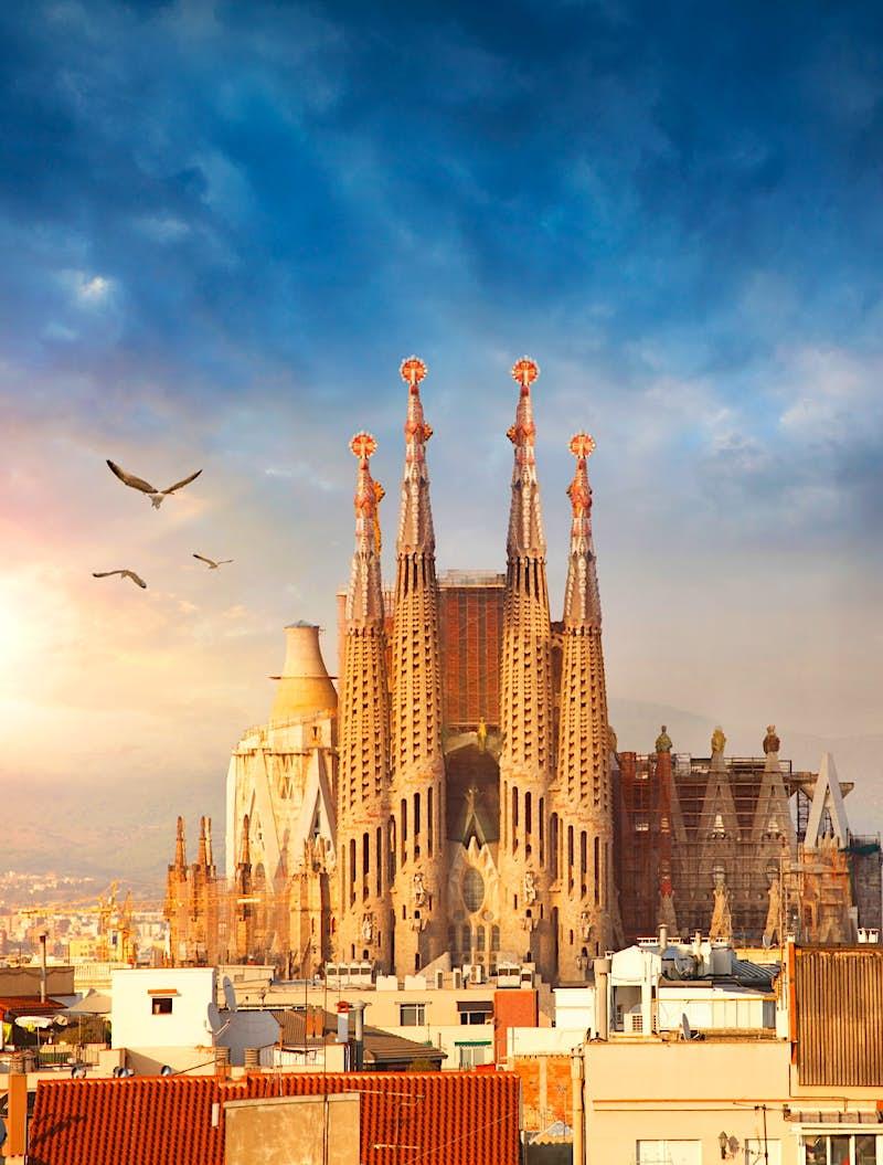 La Sagrada Familia receives building permit 137 years late