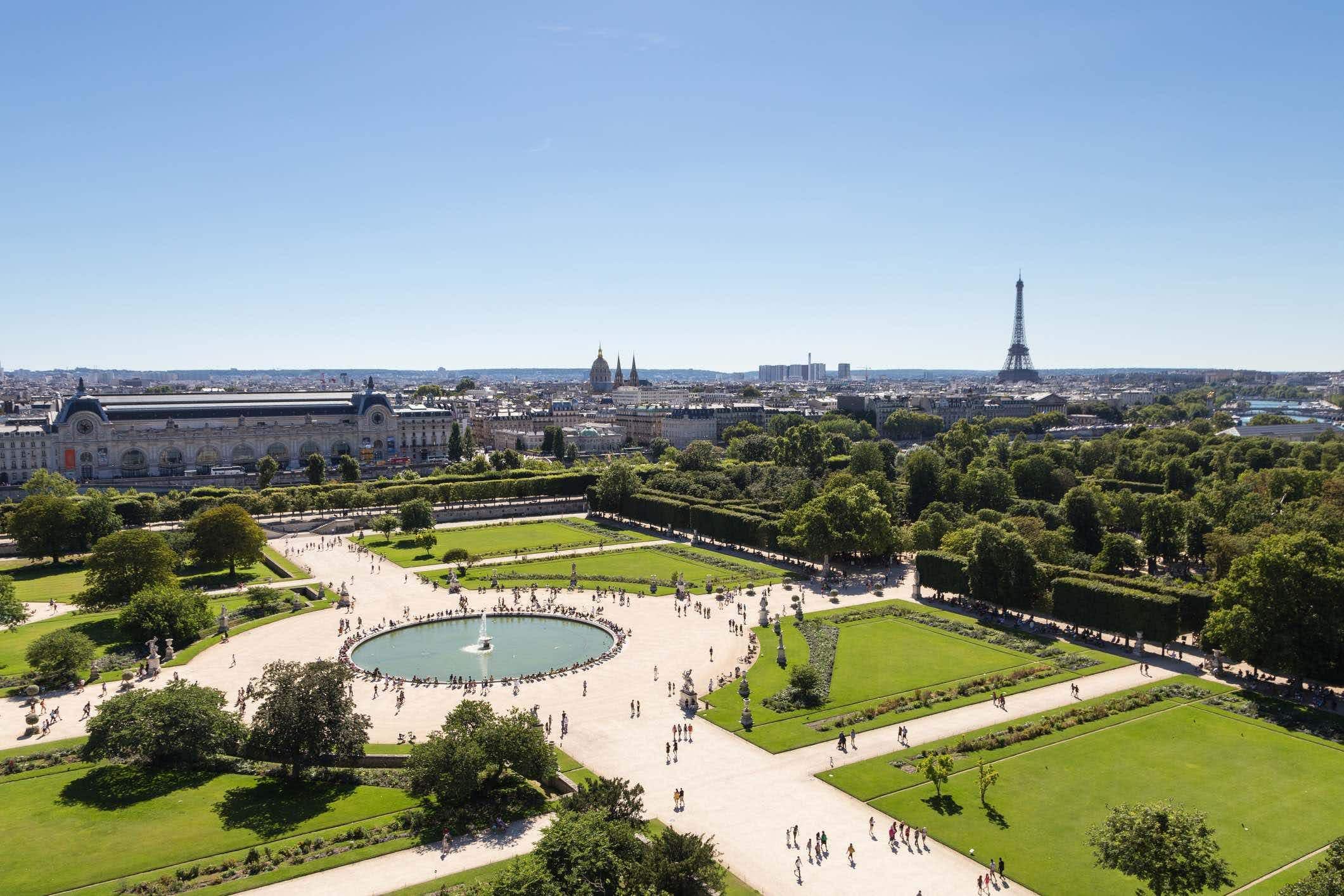 Paris unveils plans for 'urban forests' at major landmarks to combat climate change
