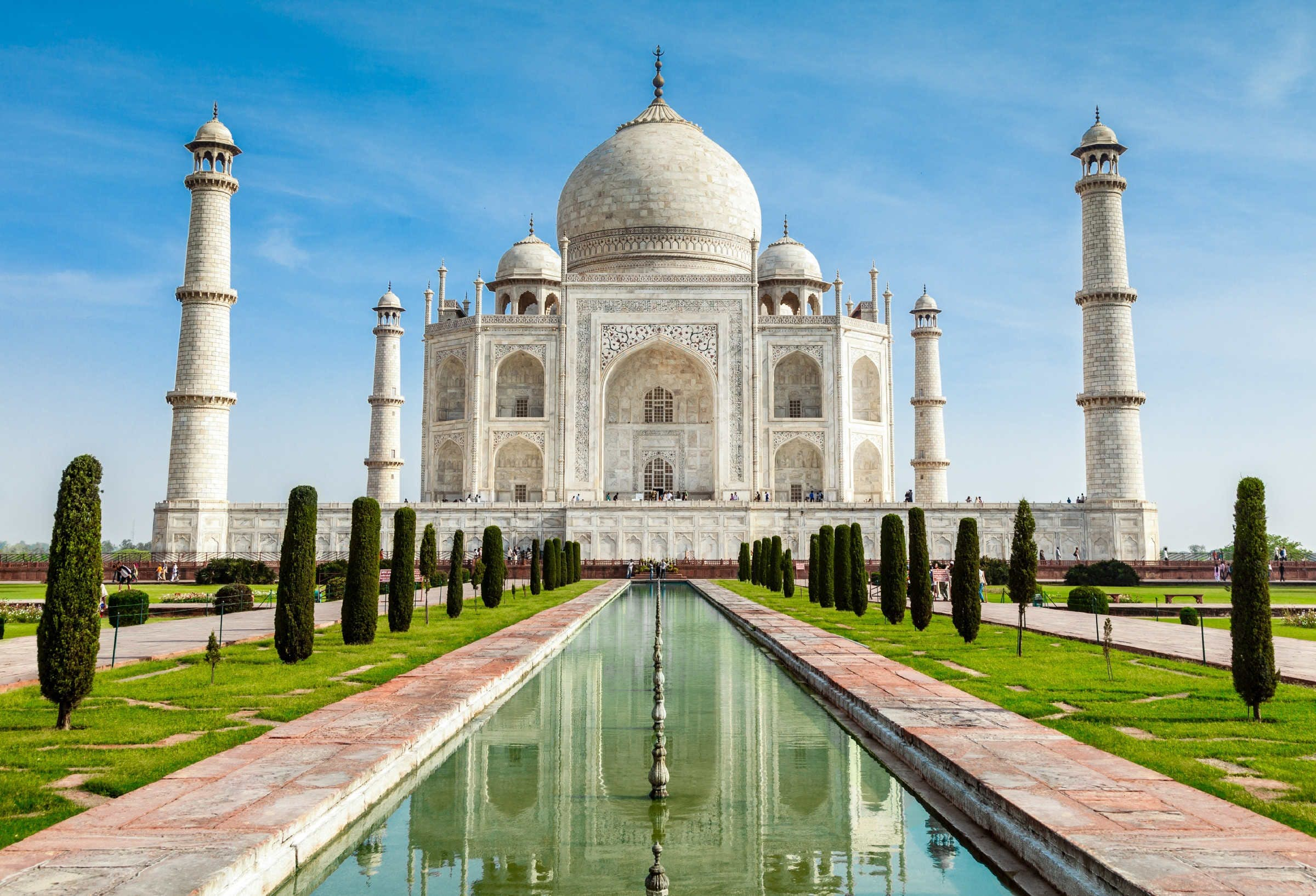 The Taj Mahal will now fine visitors who stay longer than three hours -  Lonely Planet