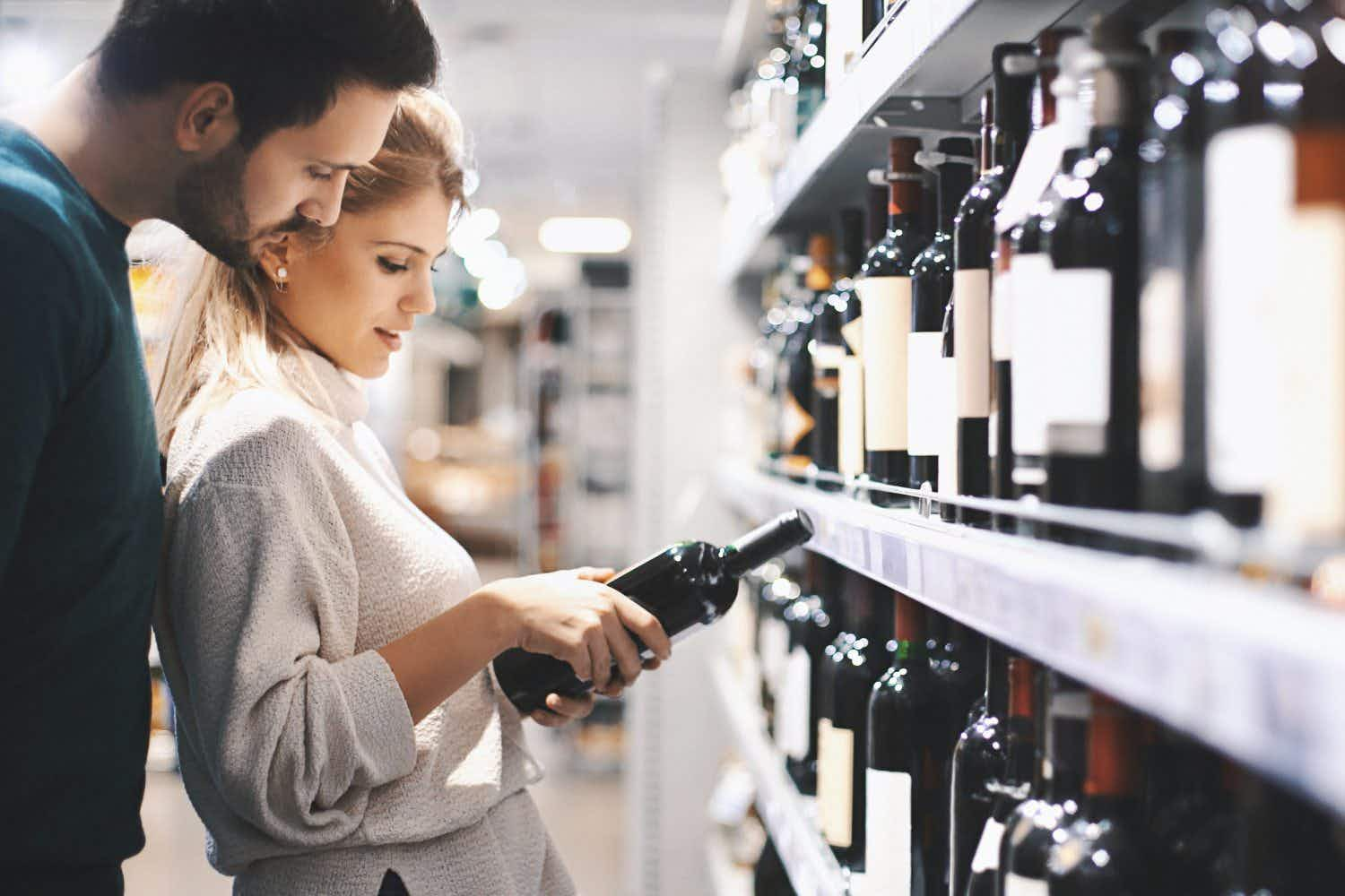 Visitors can now obtain a liquor licence to buy alcohol in Dubai