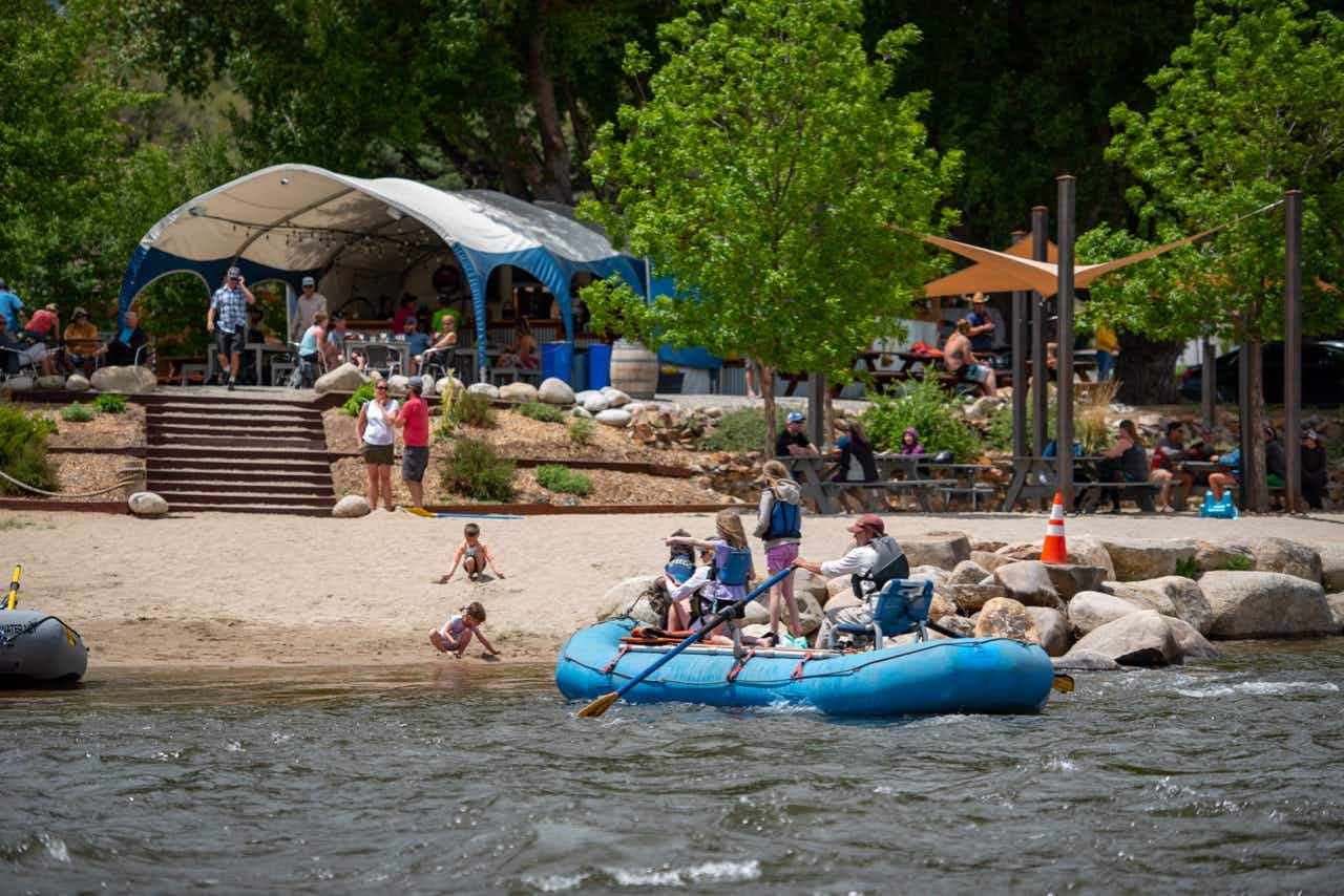 This whitewater rafting company has a riverside bar and grill