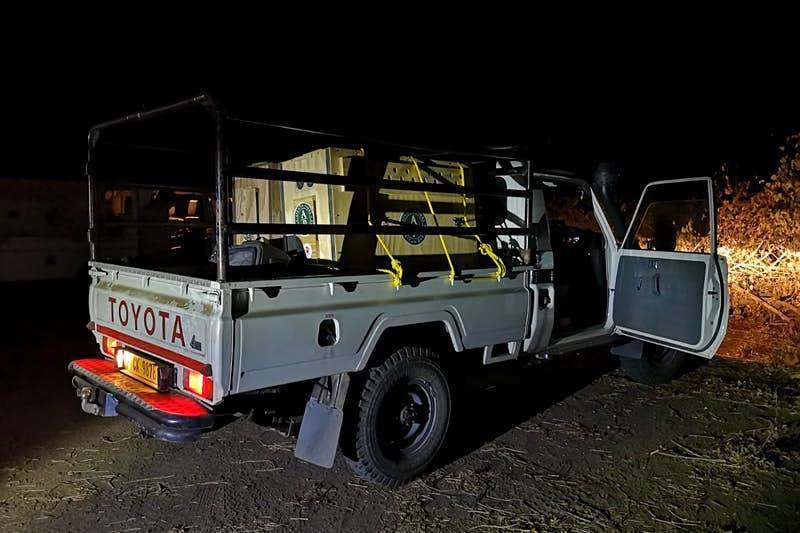A truck transporting the cheetahs to Malawi