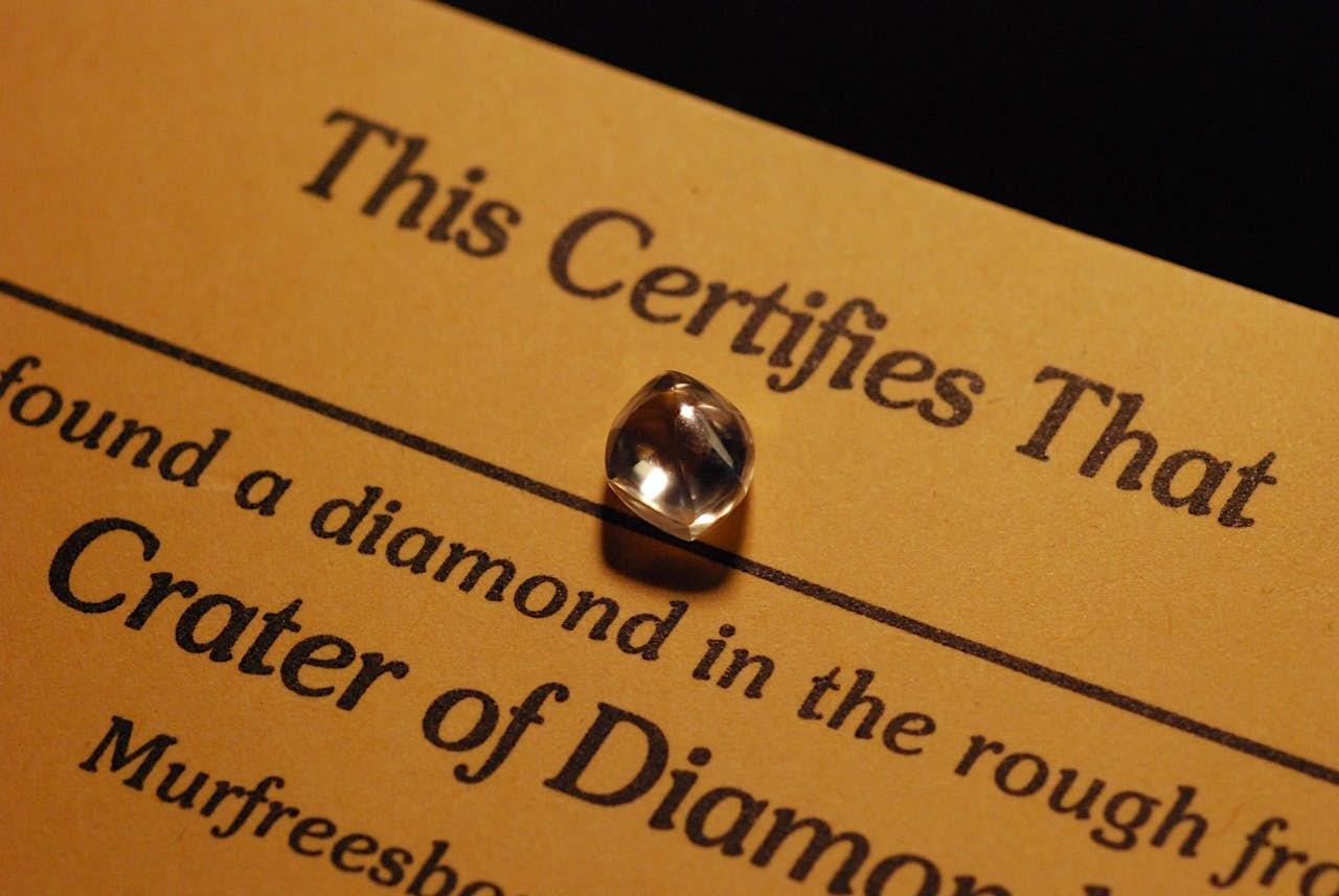 Diamond with certificate