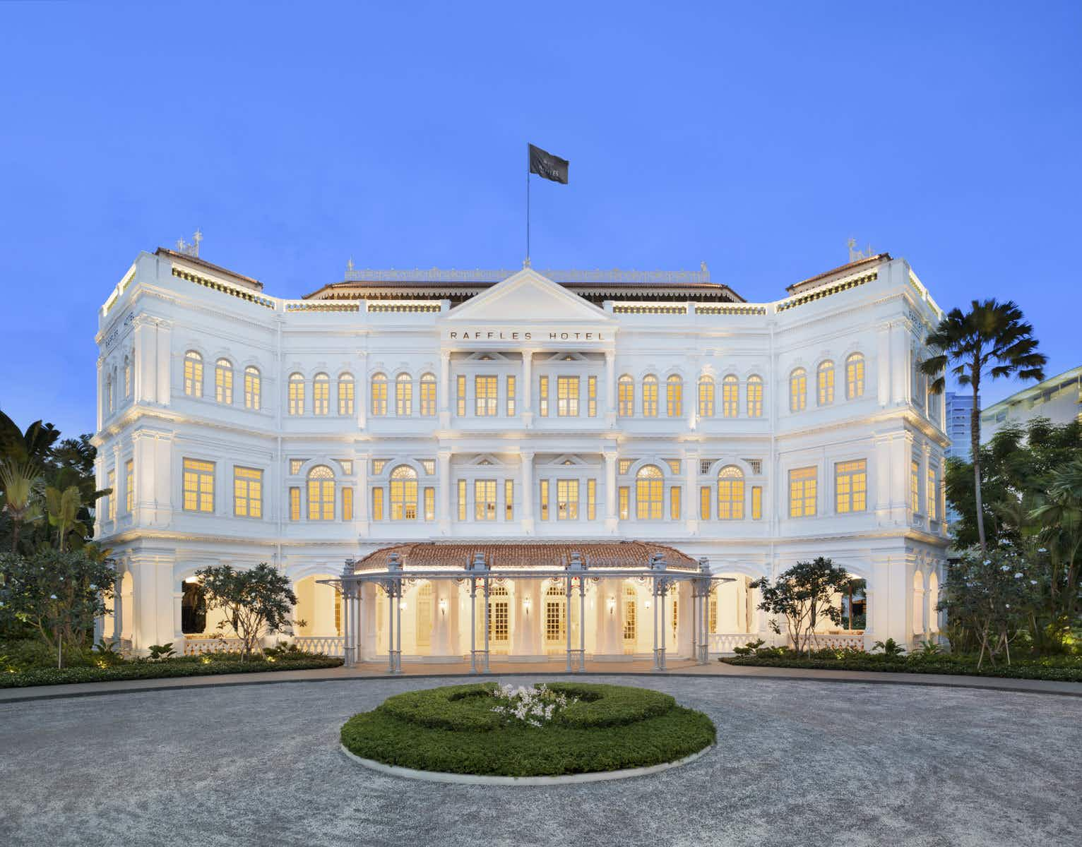 The most iconic hotel in Singapore is once again accepting reservations